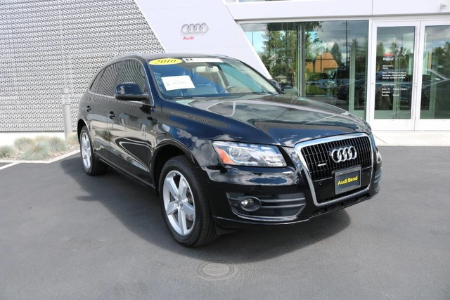 Pre-Owned 2010 Audi Q5 Premium Plus