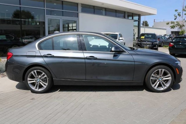 2018 BMW 3 Series 328xd Courtesy Vehicle Finance Special